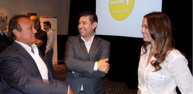 Miguel Roberto y Anita