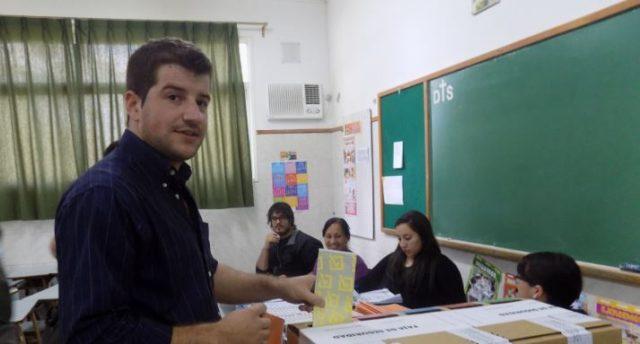 Carlos Dolce votandoweb