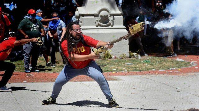 Manifestante Tu E